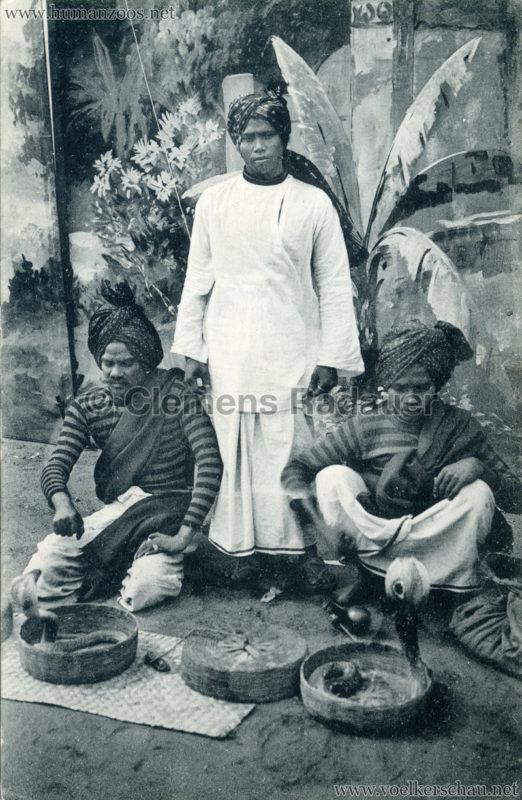 1910:1911:1912 Gustav Hagenbeck's grösste indische Völkerschau der Welt - Schlangenbeschwörer