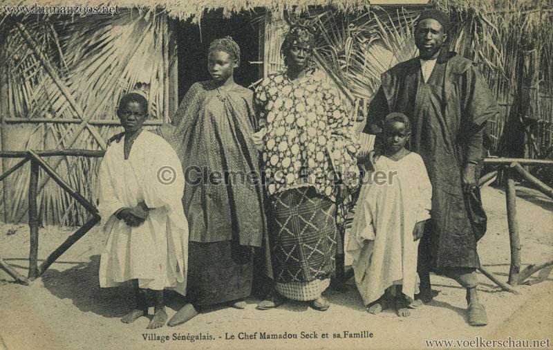 1909 Village Sénégalais - Le Chef Mamadou Seck et sa Famille
